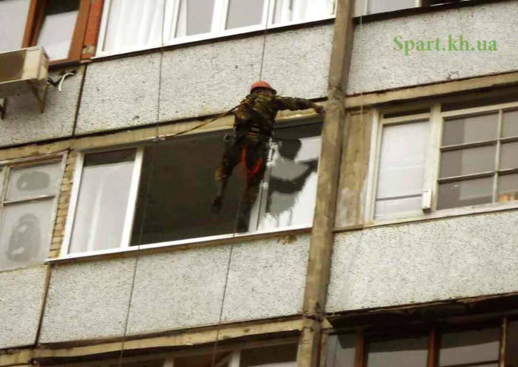 Герметизация балкона с внешней стороны в Харькове