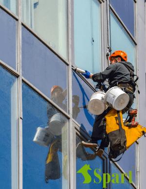 Герметизация стеклянных фасадов в Харькове