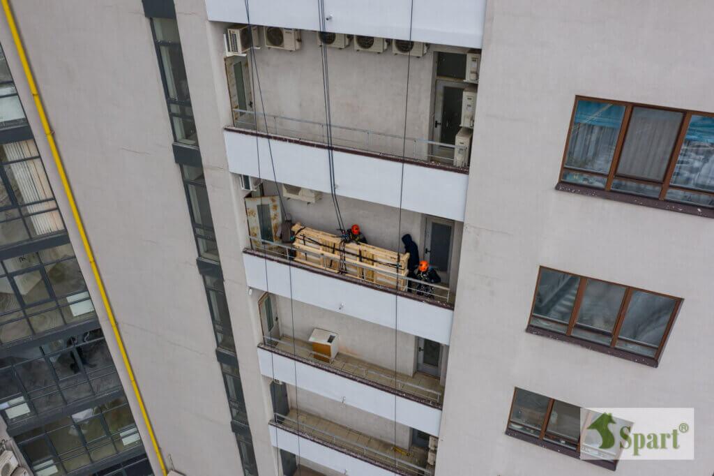 подъем грузов через окно