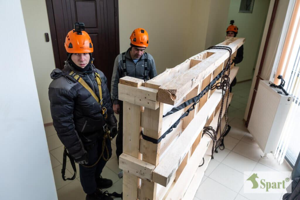 подъем грузов альпинистами